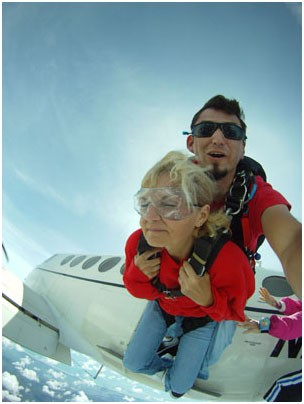 first skydiving experience, tandem jump virginia, no limits skydiving